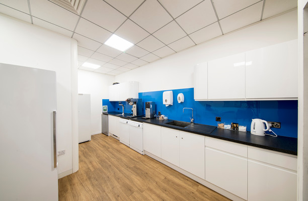 Whitehill Way SN1 office space – Kitchen