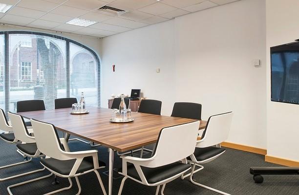 Thames Street SL4 office space – Meeting/Boardroom.