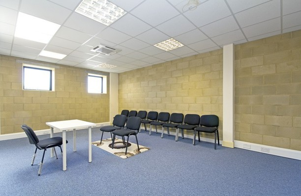 Cumberland Avenue NW10 office space – Meeting/Boardroom.