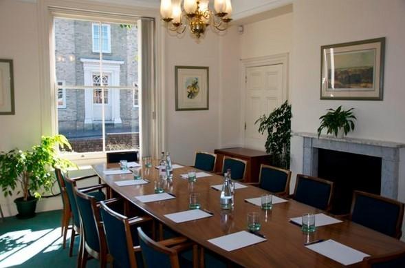 London Road RG21 office space – Meeting/Boardroom.