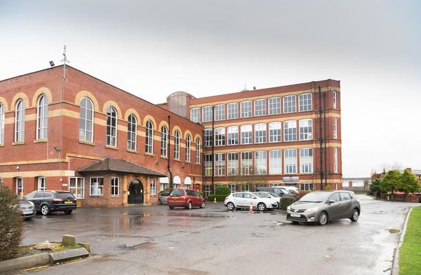 Mill Lane PR7 office space – Building External