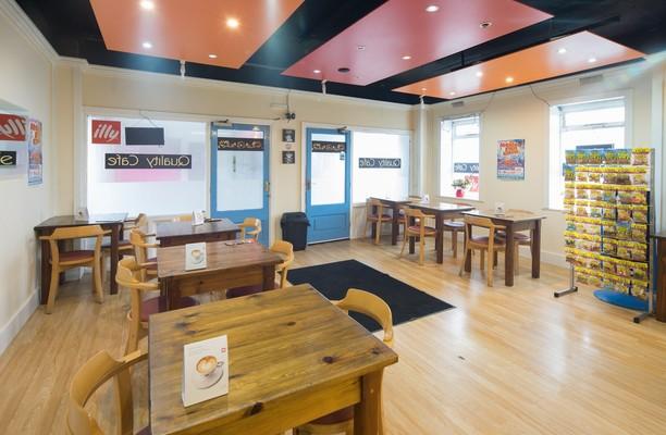 Monsall Road M2 office space – Restaurant