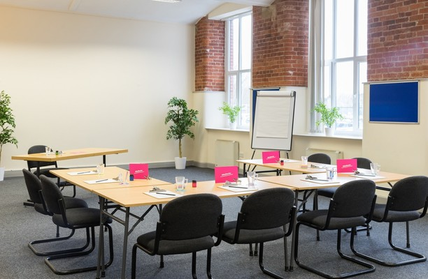 Albert Street office space – Meeting/Boardroom.