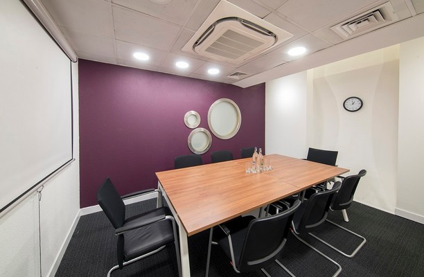 Austin Friars EC2 office space – Meeting/Boardroom.