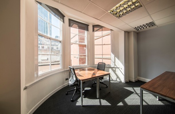 Austin Friars EC2 office space – Private Office (different sizes available).