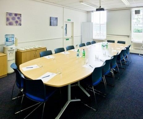 Curie Avenue OX11 office space – Meeting/Boardroom.