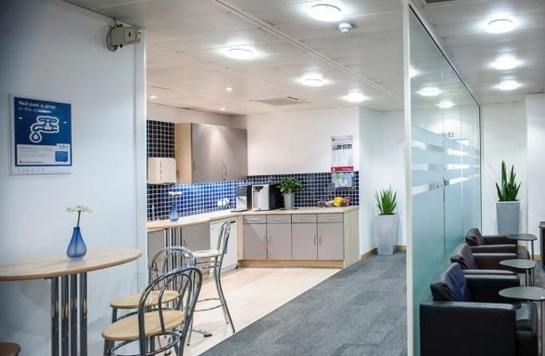 Bressenden Place SW1 office space – Kitchen