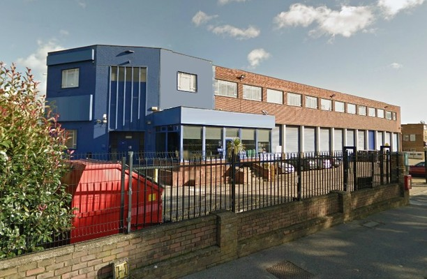 Nestles Avenue UB3, UB4 office space – Building External