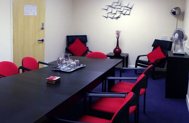 Queens Lane CH7 office space – Meeting/Boardroom.