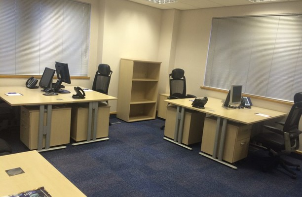 East Point Business Centre OX1, OX2 office space – Private Office (different sizes available).