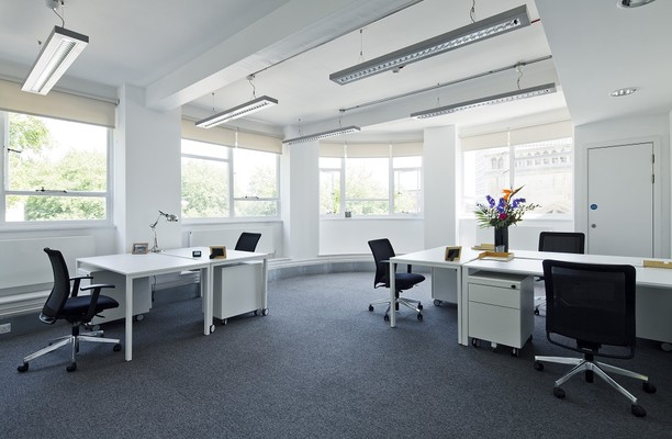 High Street BS1 office space – Private Office (different sizes available).