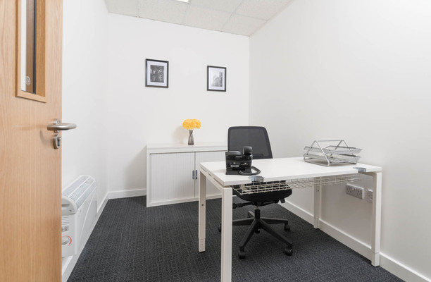 Oakdale Road YO1 office space – Private Office (different sizes available).