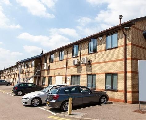 Cranborne Road EN6 office space – Building External