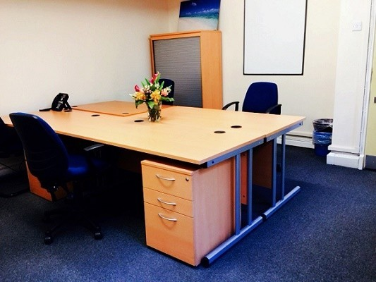 High Street TN1 office space – Private Office (different sizes available).