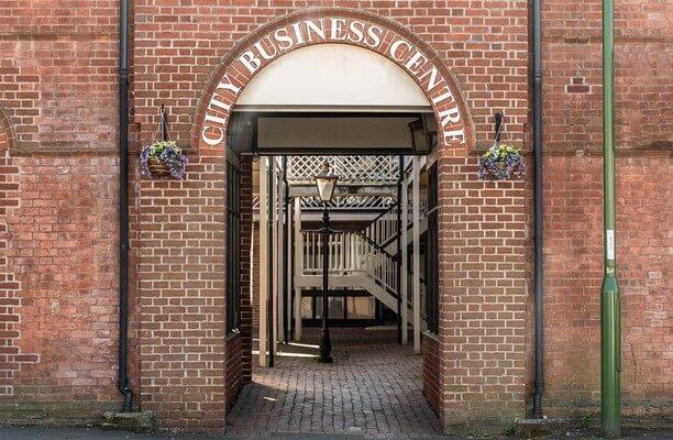 Brighton Road BN1 office space – Building External