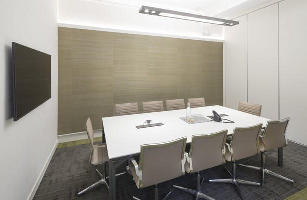 Queen Street office space – Meeting/Boardroom.