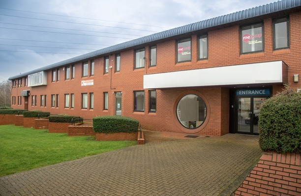 Oaks Lane S70 office space – Building External