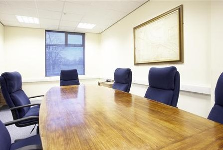 Club Lane HX1-HX7 office space – Meeting/Boardroom.