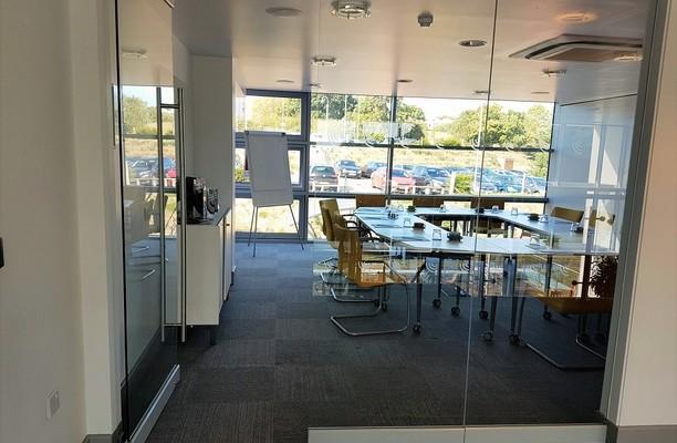 University Road CT1, CT3 office space – Meeting/Boardroom.