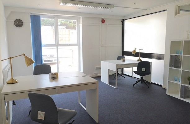 Old Shoreham Road BN3 office space – Private Office (different sizes available).