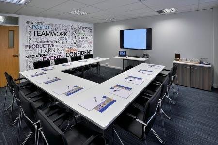 Dallam Lane WA1 office space – Meeting/Boardroom.