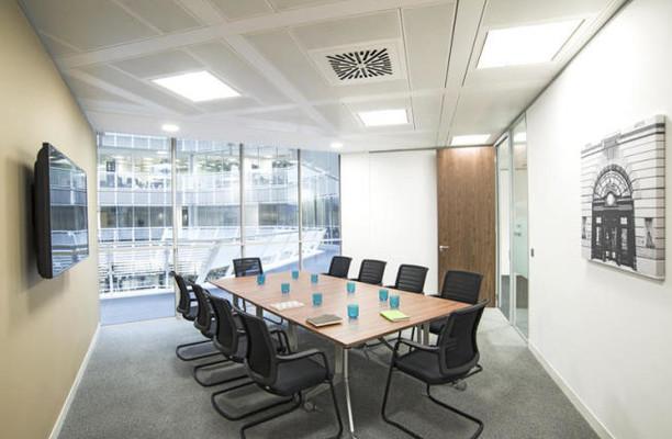 Broadgate EC2 office space – Meeting/Boardroom.