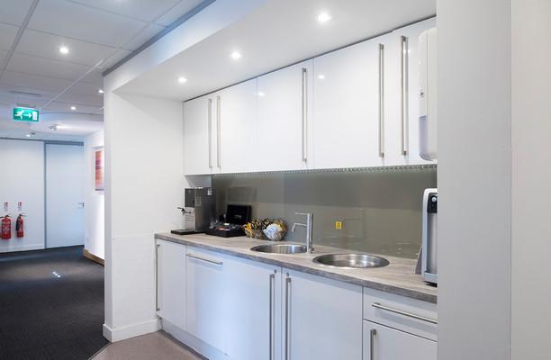 Broad Street B1 office space – Kitchen