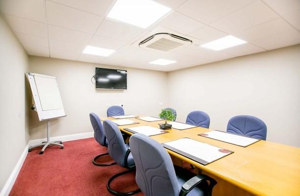 Bunns Lane NW7 office space – Meeting/Boardroom.