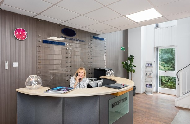 Molly Millars Close RG40 office space – Reception