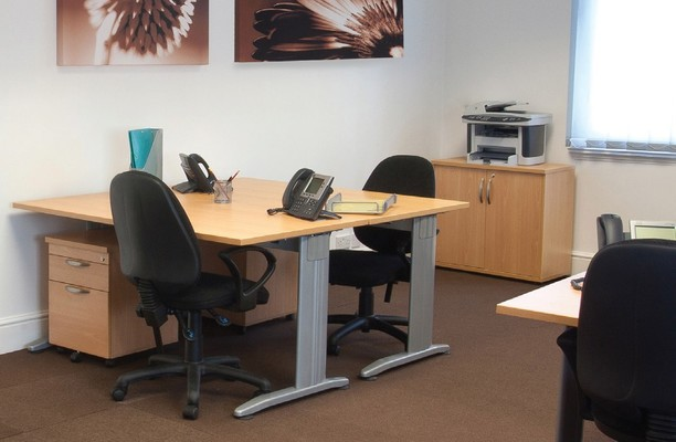 Alexandra Road GU14 office space – Private Office (different sizes available).