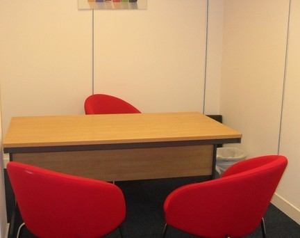 Mitcham Road CR0 office space – Private Office (different sizes available).