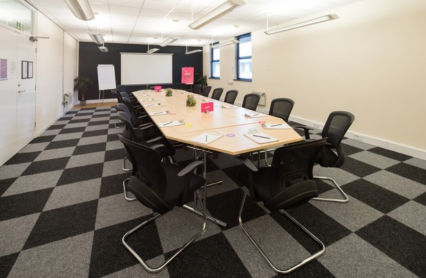 Bow Bridge Close S60 office space – Meeting/Boardroom.