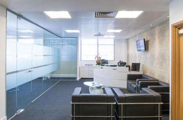 Moorfields EC2 office space – Reception