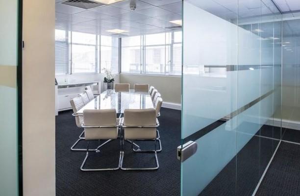 Moorfields EC2 office space – Meeting/Boardroom.