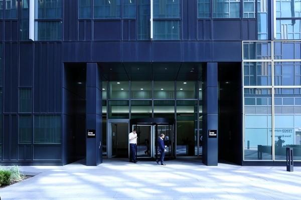 Mitre Passage SE2, SE10 office space – Building External