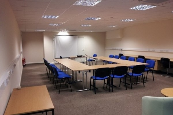 Thornbury Road PL1 - 9 office space – Meeting/Boardroom.