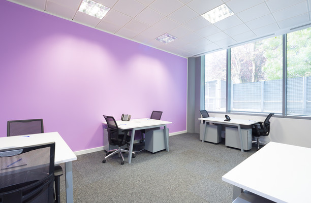 Clarendon Road WD1, WD2 office space – Private Office (different sizes available).