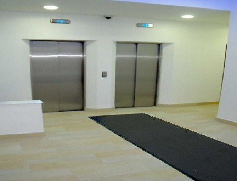 Western Road Hove office space – Hallway
