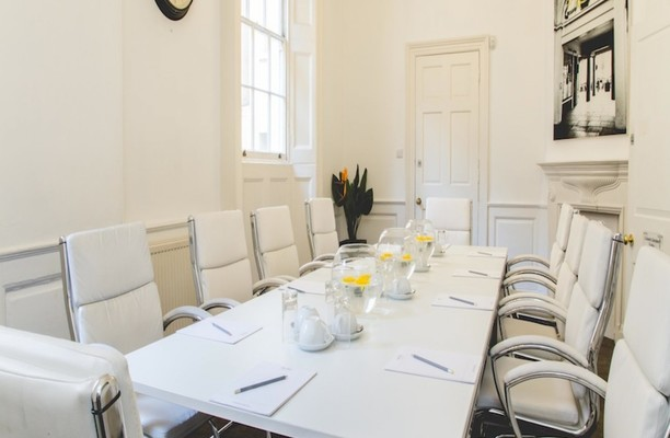 Henrietta Street WC2 office space – Meeting/Boardroom.