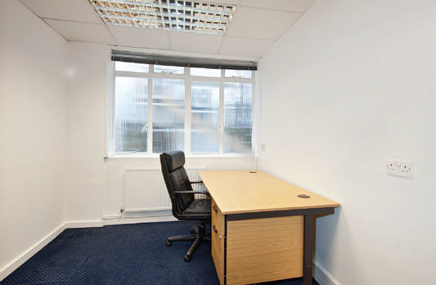 Hampstead High Street NW3 office space – Private Office (different sizes available).