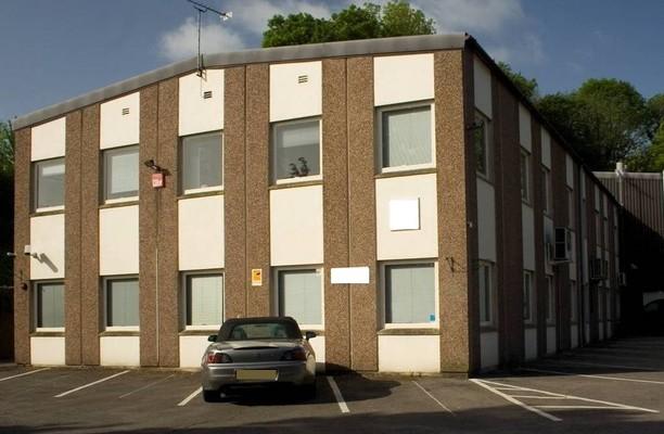 Wilsom Road GU21 office space – Building External