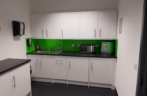 London Road GU15 - GU17 office space – Kitchen