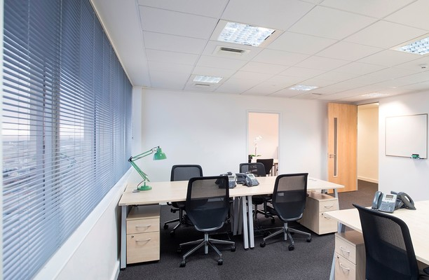 Fitzalan Road CF10 office space – Private Office (different sizes available).