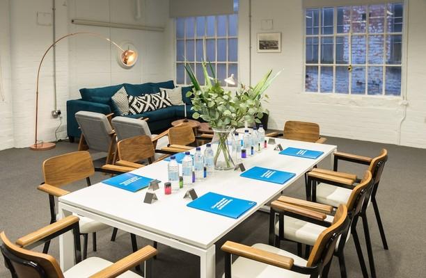 Brookfield Road NG5 office space – Meeting/Boardroom.
