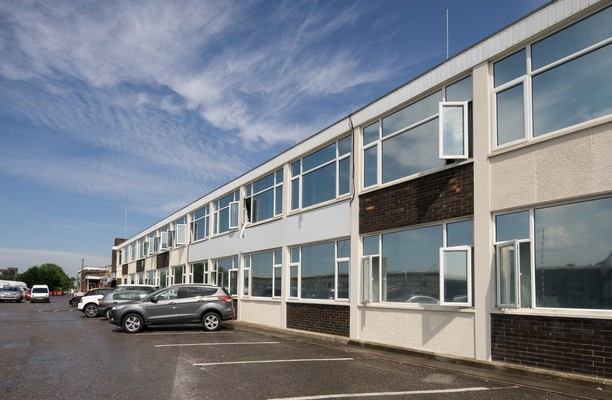 Cheney Manor SN1 office space – Building External