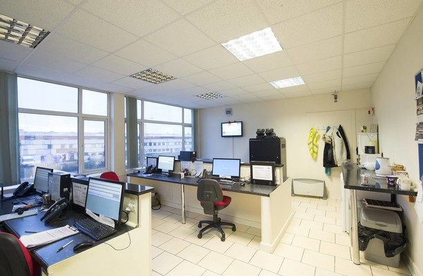 Cheney Manor SN1 office space – Private Office (different sizes available).