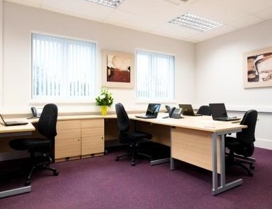 Station Road WD4 office space – Private Office (different sizes available).