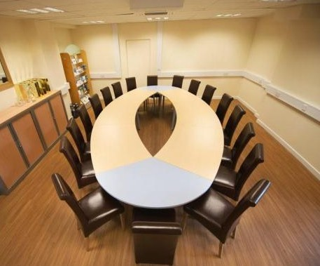 Howard Way MK16 office space – Meeting/Boardroom.
