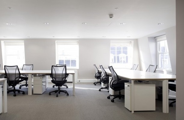 Stratford Place W1K office space – Private Office (different sizes available).
