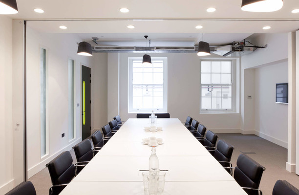Stratford Place W1K office space – Meeting/Boardroom.